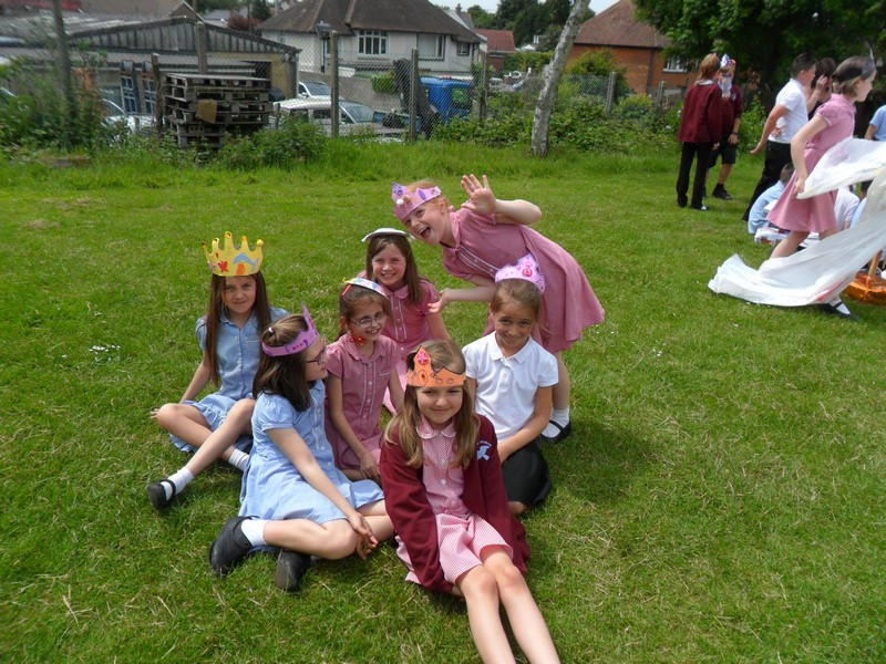 The Queen's Birthday (15)